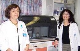 Dr. Amal Bishara, left, Director of Hadassah's Arab Bone Marrow Registry Outreach Project, and Dr.  Shoshana Israel, head of Hadassah's Tissue Typing Unit