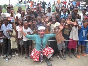 Clown Project: Hadassah clown helps children around the world