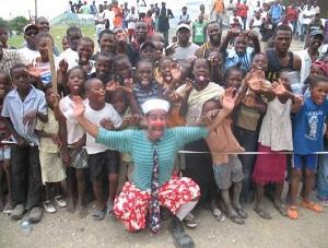 Clown Project: Hadassah clown helps children around the world