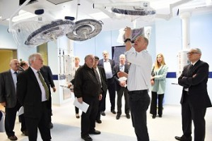 Hadassah Israel Board gets tour of Opperating Room red2