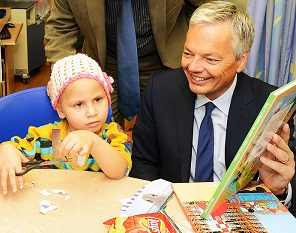 Belgium's foreign minister Didier Reynders with patient