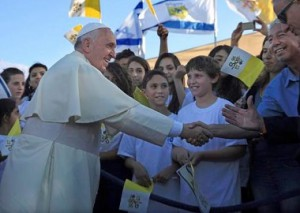 pope with childrens choir red