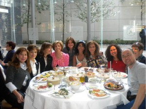 From left: Hadassah Mexico and Latin America Director Ethel Fainstein with Mexico Committee Members Rebeca Marcos and Miriam Shapiro; Claris Dabah, President of Hadassah Mexico; Vicky Mamieh, Administrative Assistant; Reisy Mizrahi, Susy Amkie, Susy Schatz, and Dr. Ilana Kadmon, Hadassah Medical Center Breast Cancer Clinical Nurse Specialist, and her husband, Wei.