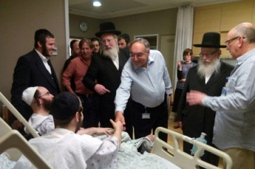 Litzman visits Brussel's victims red